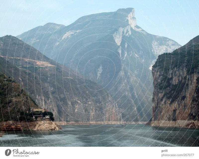 Yangtze River Mountain Nature Landscape Water Fog Bushes Hill Rock Peak Canyon Coast River bank Brook Stone Gigantic Tall Natural yangtze yangzi China