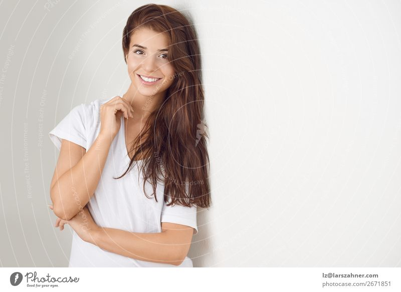 Portrait of a beautiful young woman smiling Happy Beautiful Skin Face Woman Adults 1 Human being 18 - 30 years Youth (Young adults) Brunette Smiling Natural