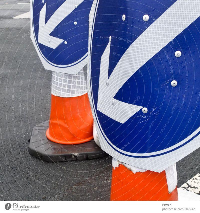 Blue Street Car Orange Signs and labeling Transport Signage Arrow Traffic infrastructure Vehicle Motoring Clue Left Road traffic Traffic jam