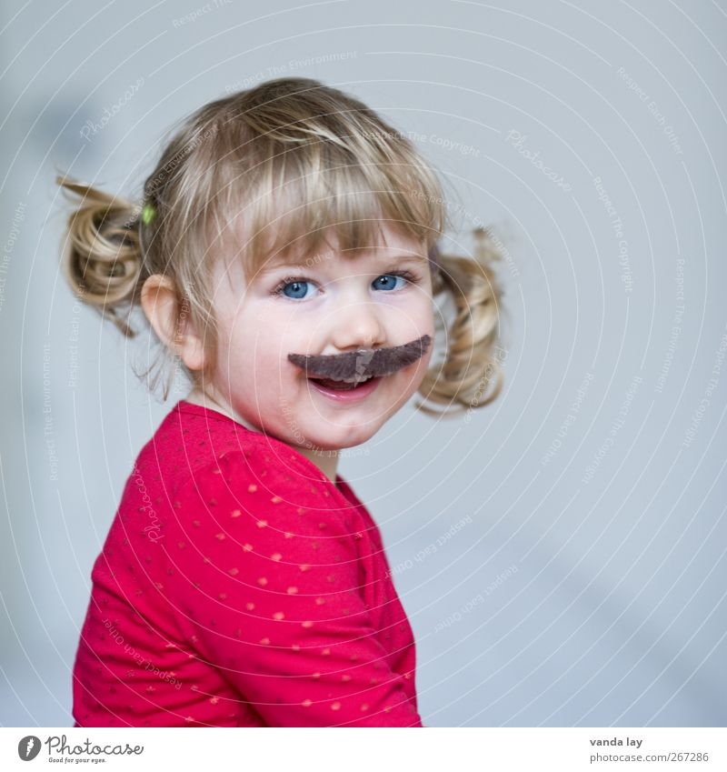 Human being Child Beautiful Red Girl Face Feminine Playing Laughter Funny Infancy Masculine Happiness Cute Smiling Carnival