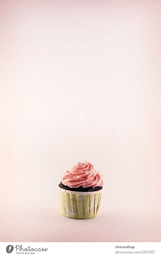 The Cupcake Food Dairy Products Cake Dessert Ice cream Candy Exotic Delicious Sweet Yellow Pink Colour photo Studio shot Structures and shapes Deserted