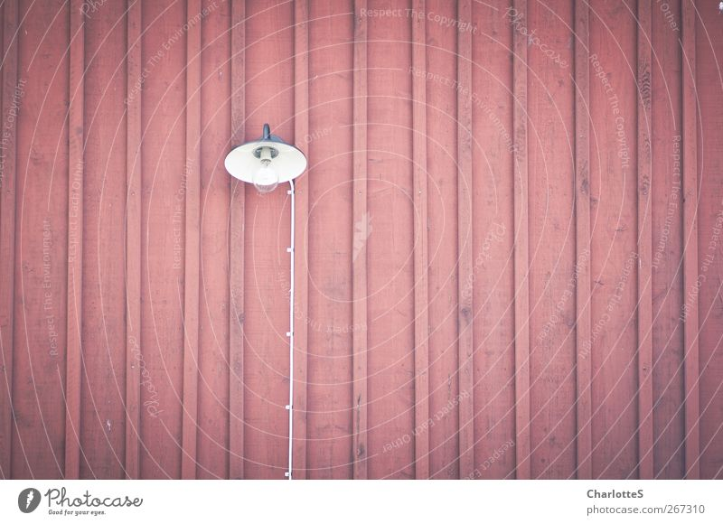 Ljus II. Cable Lamp Electric bulb Glow Wooden house Wooden board Wall (barrier) Wall (building) Facade Illuminate Painting (action, work) Red Vignetting Flat
