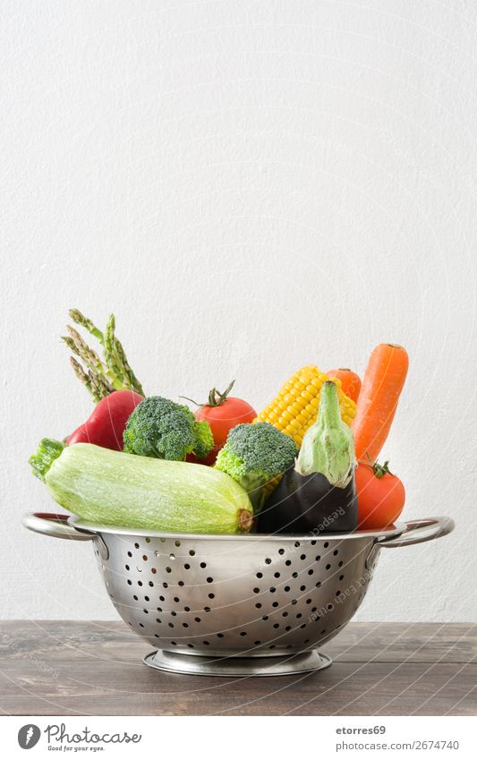Colander with vegetables Diet Healthy Healthy Eating Sieve Food Dish Food photograph Fruit Vegetable Table Wood Vitamin Lettuce Pepper Onion Potatoes Bread