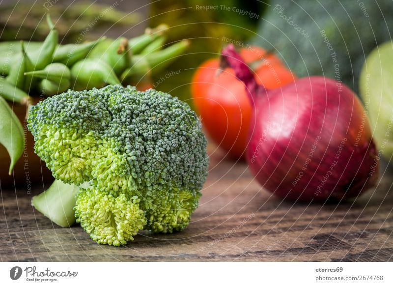 Healthy Green Organic Raw Broccoli Florets and other vegetables Vegetable Healthy Eating florets Fresh Food Food photograph Agriculture Vitamin Cabbage Dinner