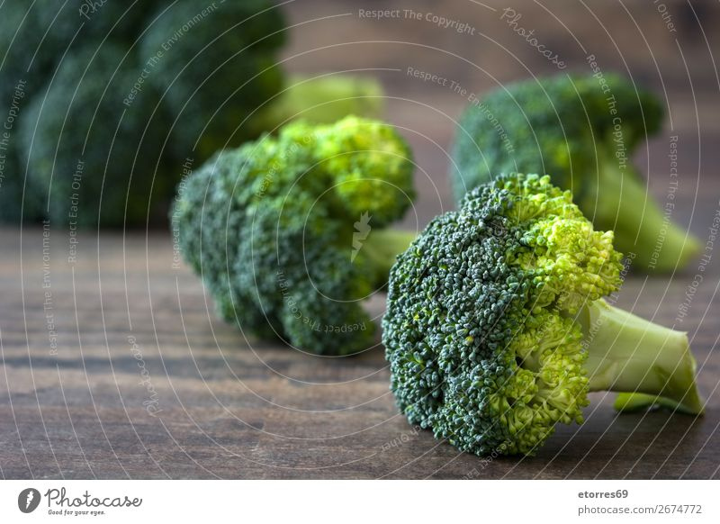 Healthy Green Organic Raw Broccoli Florets Vegetable Healthy Eating florets Fresh Food Food photograph Agriculture Vitamin Cabbage Dinner Ingredients Natural