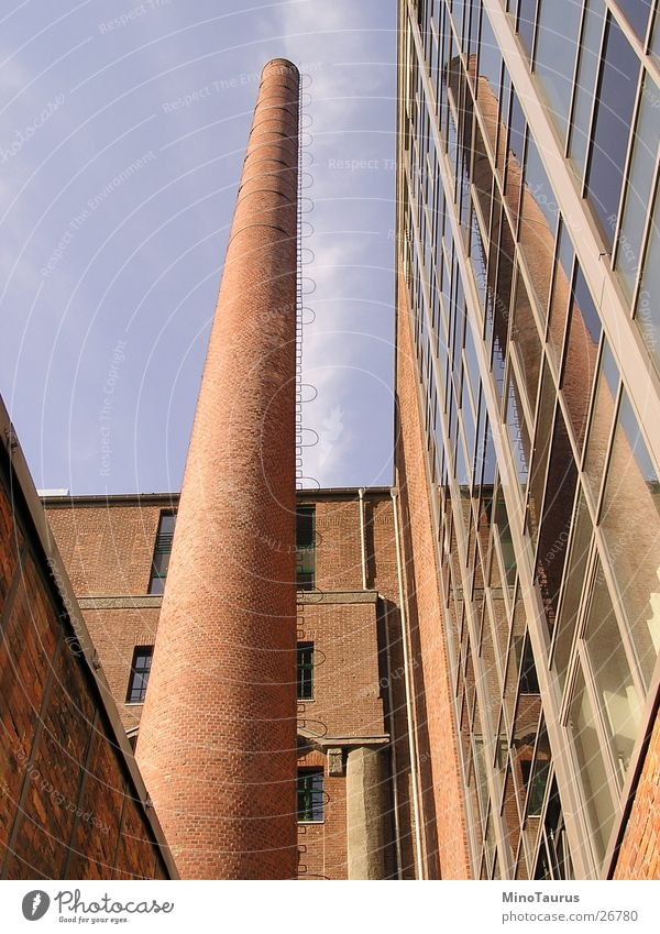 mirroring Duisburg Reflection Long Wall (barrier) Worm's-eye view Structural change Transform Architecture Window pane Tall Change Old fashioned Modern