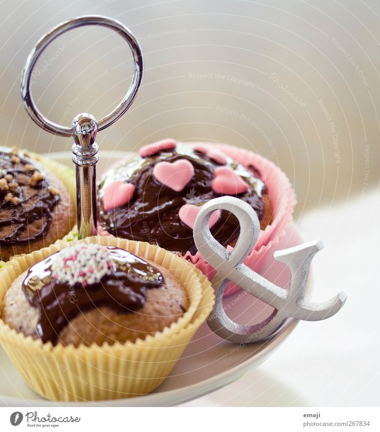 What's the difference? Cake Candy Chocolate Nutrition Finger food Etagere Delicious Unhealthy Muffin Sign Calorie Rich in calories Sweet Colour photo