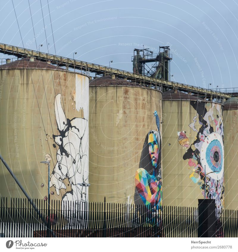 embellishment attempt Art Work of art Painting and drawing (object) Catania Industrial plant Factory Manmade structures Building Architecture Graffiti Esthetic