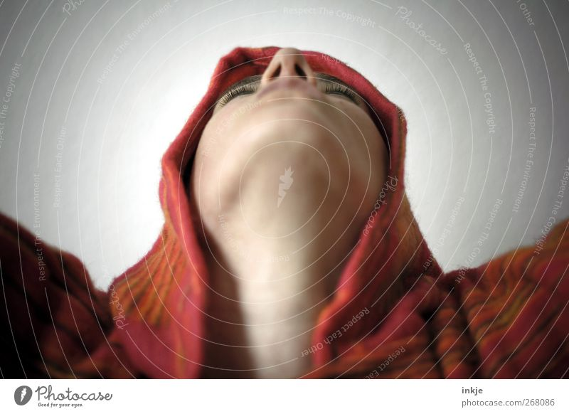 All the best comes from... upstairs! Lifestyle Face Face from below 1 Human being Dance Dancer Hippie Hooded sweater Cape Hooded (clothing) Communicate Looking