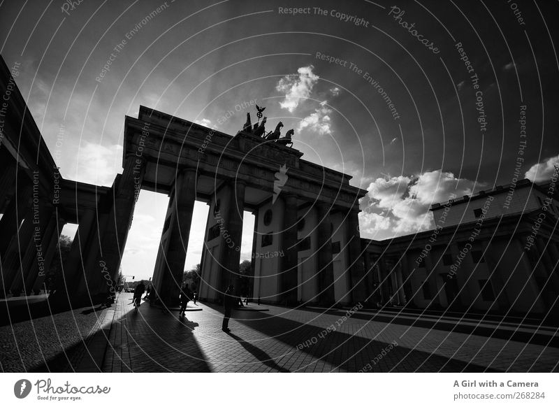 City Berlin Monument Landmark Downtown Tourist Attraction Capital city Old town Famousness Gigantic Populated Massive Brandenburg Gate