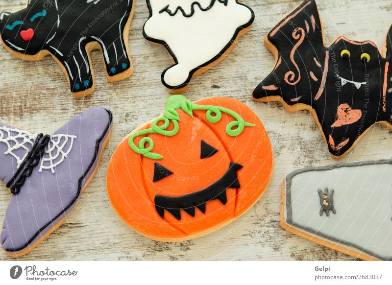 Halloween cookies with different shapes Dessert Joy Decoration Table Feasts & Celebrations Hallowe'en Autumn Cat Spider Smiling Creepy Delicious Black White