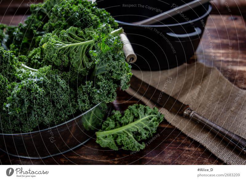 Prepare fresh kale for cooking Food Vegetable Lettuce Salad Kale Kale leaf Cabbage Organic produce Vegetarian diet Diet Fasting Bowl Pot Knives Lifestyle