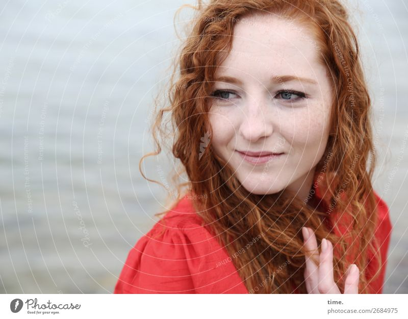 nina Feminine Woman Adults 1 Human being Water Coast Baltic Sea Dress Red-haired Long-haired Curl Observe To hold on Smiling Looking Friendliness Beautiful