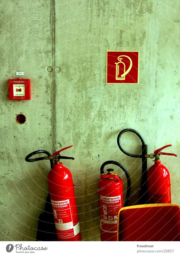 Red Wall (building) Concrete Things Signage Fire prevention Alarm Symbols and metaphors Extinguisher
