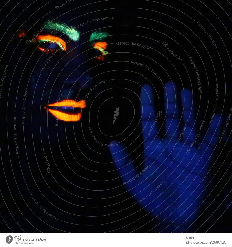 black light games (I) Feminine Woman Adults Eyes Lips Hand Fingers Eyebrow 1 Human being Art Painting and drawing (object) Sculpture Actor Observe Movement