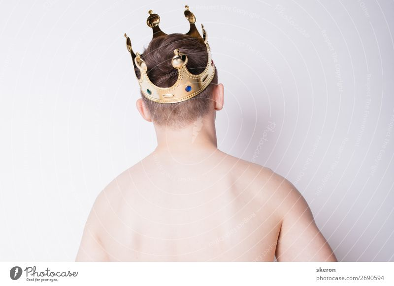 young guy with a crown on his head Human being Youth (Young adults) Young man 18 - 30 years Lifestyle Adults Sports Playing Party Hair and hairstyles