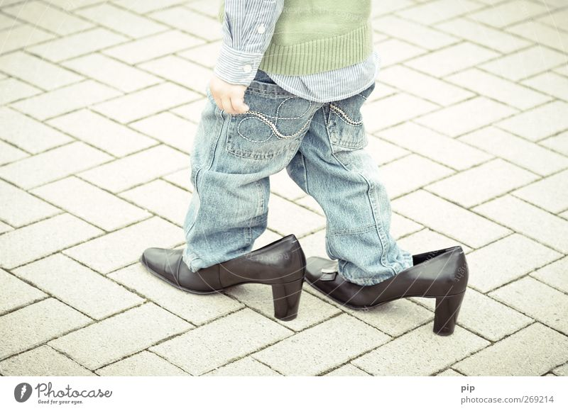 cobbler boy 2 Human being Child Boy (child) Legs 1 1 - 3 years Toddler Shirt Pants Sweater Leather Footwear High heels Heel of a ladies' shoe Going Large Funny