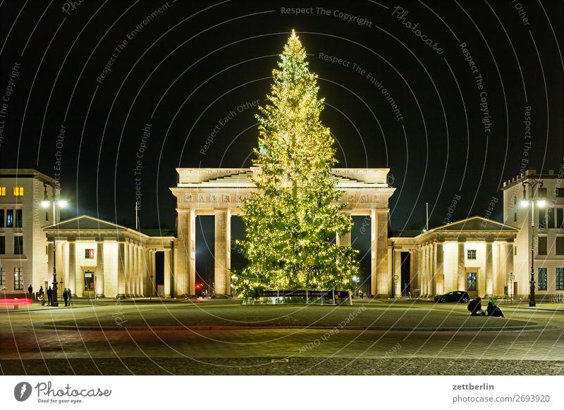 Christmas & Advent Dark Berlin Feasts & Celebrations Copy Space Decoration Christmas tree Jewellery Illumination Brandenburg Gate Pariser Platz