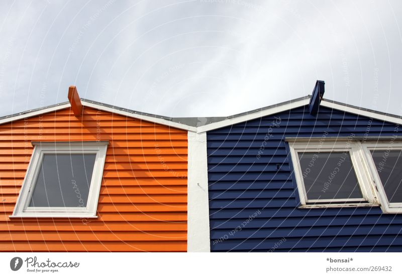 Colour House (Residential Structure) Window Wood Together Flat (apartment) Facade Living or residing Design Roof Uniqueness Friendliness Attachment Sharp-edged