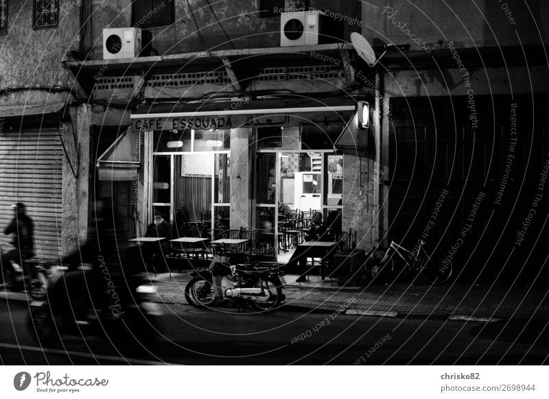 Human being Vacation & Travel Town House (Residential Structure) Calm Street Building Tourism Transport Retro Bicycle Communicate Cycling Observe