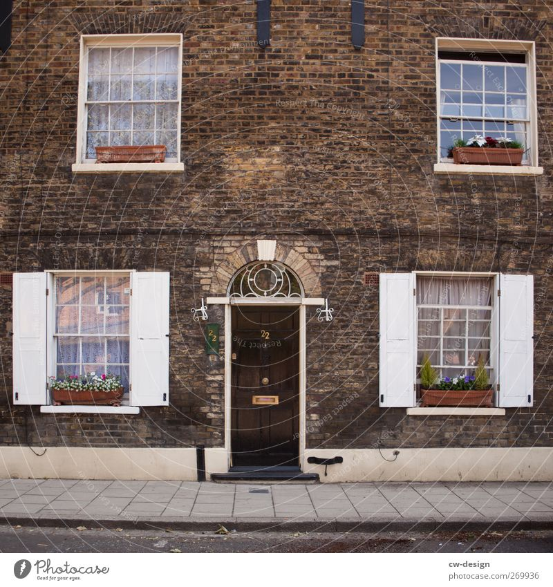 City Old White House (Residential Structure) Window Wall (building) Architecture Building Wall (barrier) Stone Brown Facade Flat (apartment) Living or residing Door Authentic