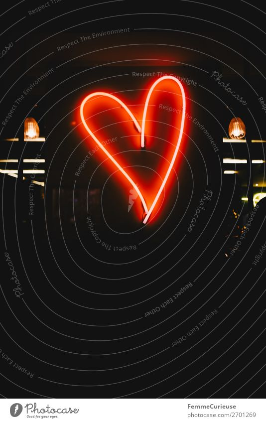 Neon light in the shape of a red heart Sign Red Fluorescent Lights Illuminant Heart-shaped Evening Night Love Valentine's Day Sincere Warmest congratulations