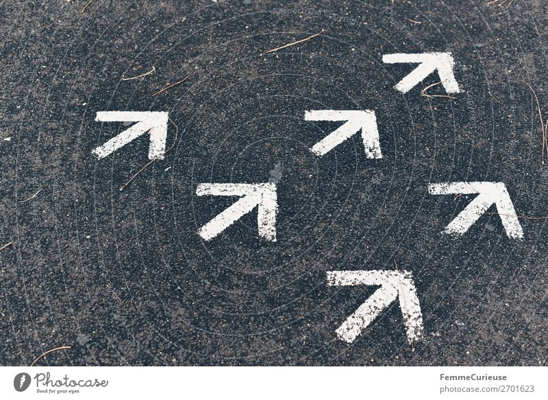 White Characters Communicate Footpath Sign Direction Arrow Upward Trend-setting Change in direction