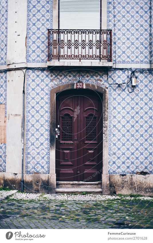 Door in Portugal House (Residential Structure) Vacation & Travel Living or residing Tile Facade Multicoloured Travel photography Colour photo Exterior shot