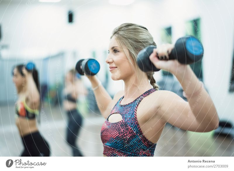 Beauty woman training shoulders Lifestyle Happy Relaxation Club Disco Sports Human being Young woman Youth (Young adults) Woman Adults 3 18 - 30 years Blonde