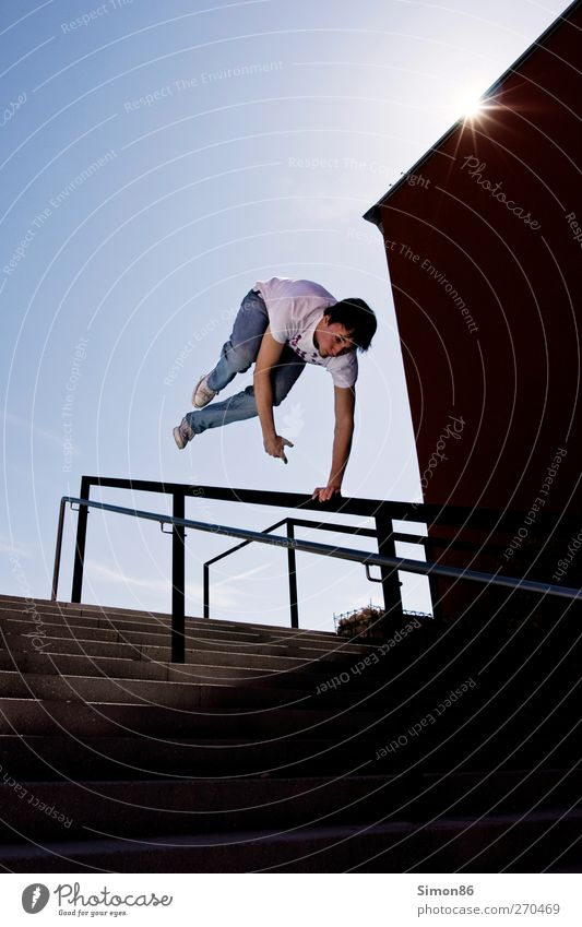 jump Lifestyle Style Athletic Fitness Leisure and hobbies Sun Sports Human being Young man Youth (Young adults) 1 18 - 30 years Adults Beautiful weather Stairs