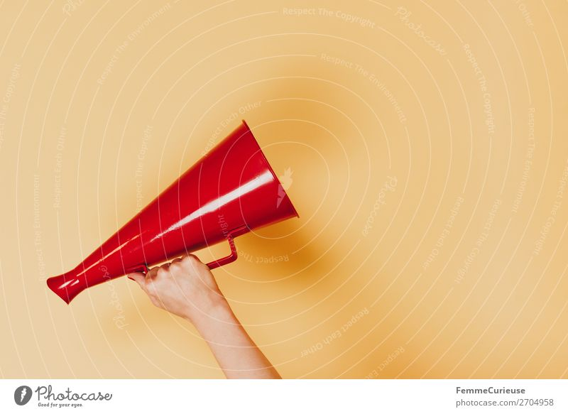 Female arm with megaphone in hand Feminine Woman Adults 1 Human being 18 - 30 years Youth (Young adults) 30 - 45 years Communicate announcement Megaphone