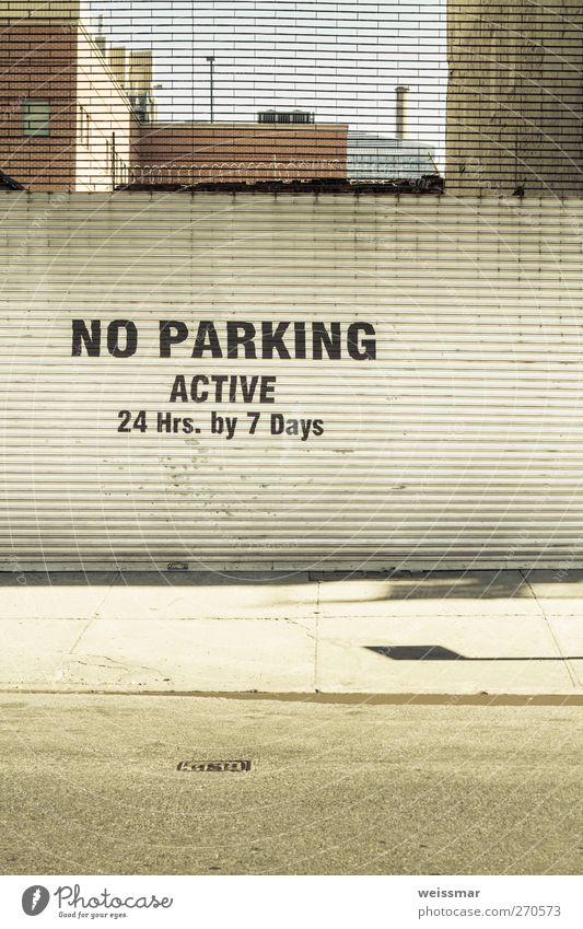 No Car! New York City USA North America Downtown Deserted Street Calm Colour photo Subdued colour Exterior shot Copy Space middle Day Light Shadow Sunlight