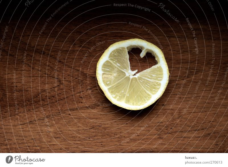 Yellow Love Healthy Fruit Heart Fresh Sweet Cooking & Baking Infatuation Organic produce Lovesickness Lemon Vitamin Bite Sour Sense of taste