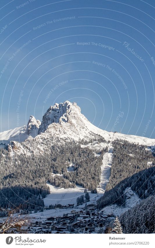 The Cir peaks in the Dolomites Nature Landscape Sky Cloudless sky Winter Weather Beautiful weather Snow Alps Mountain Peak Snowcapped peak Village