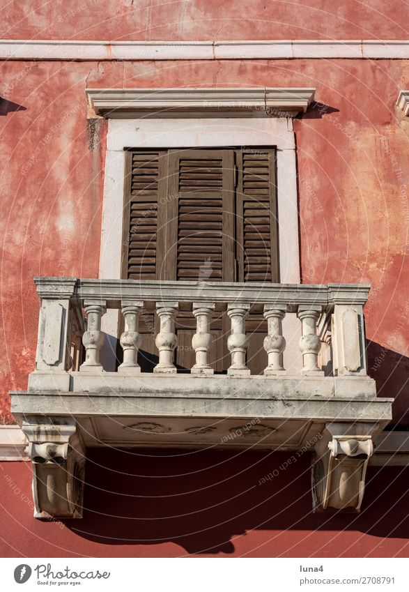 empty balcony Calm Tourism House (Residential Structure) Town Downtown Old town Manmade structures Building Architecture Facade Balcony Historic Closed Shutter