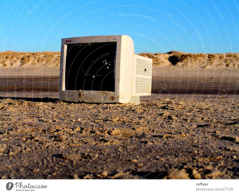 Old Beach Computer Sand Trash Obscure Screen Electronic Scrap metal Information Technology
