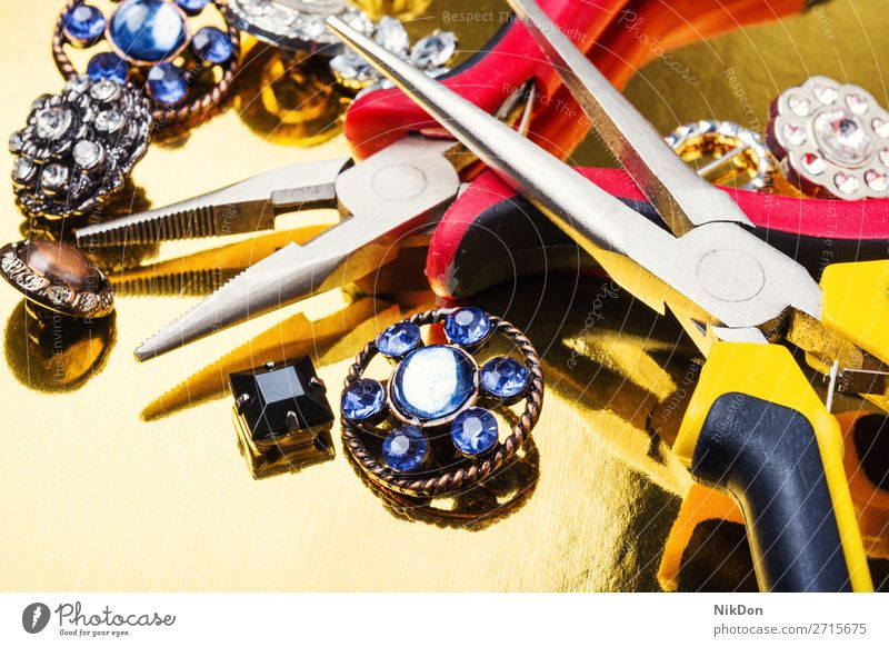 Jewelry making tools and accessories jewelry gem diamond luxury shiny manufacturing handmade brooch women precious jewellery gold fashion workshop job designer