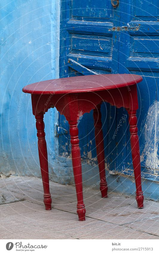Vacation & Travel Blue Red Lifestyle Tourism Living or residing Trip Table Tilt Sightseeing Africa Maritime Morocco Medina