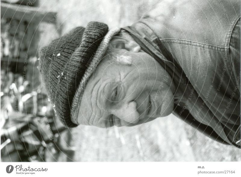 my grandpa Grandfather Senior citizen Man . Face. Cap Black & white photo Laughter Wrinkles Structures and shapes Characteristic