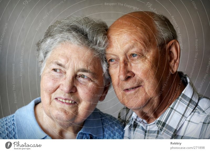 Human being Woman Man Old Adults Feminine Senior citizen Happy Head Family & Relations Masculine Happiness Smiling Friendliness 60 years and older Grandmother