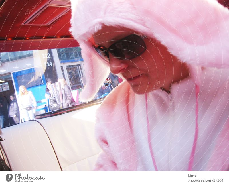 Easter bunny Pink Sunglasses Limousine Think Woman Easter Bunny rabbit costume Cool (slang) Car Rose glasses
