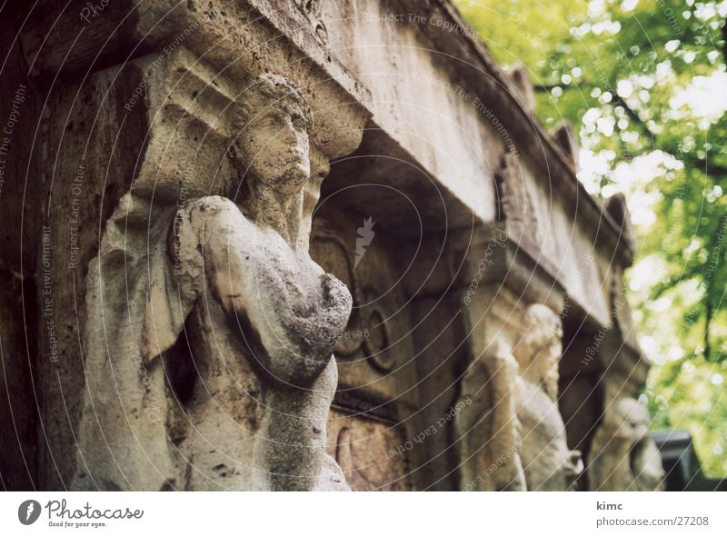 Grave in the old cemetery Offenbach Cemetery Tomb Statue Architecture Stone Death Offenbach am Main old&#101 r cemetery