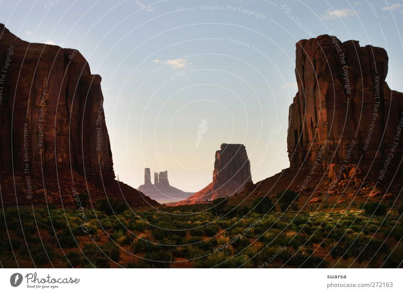 Monument Valley Nature Landscape Earth Sand Sunrise Sunset Beautiful weather Wind Drought Bushes Rock Monyment Vally Arizona USA Americas Threat Cool (slang)