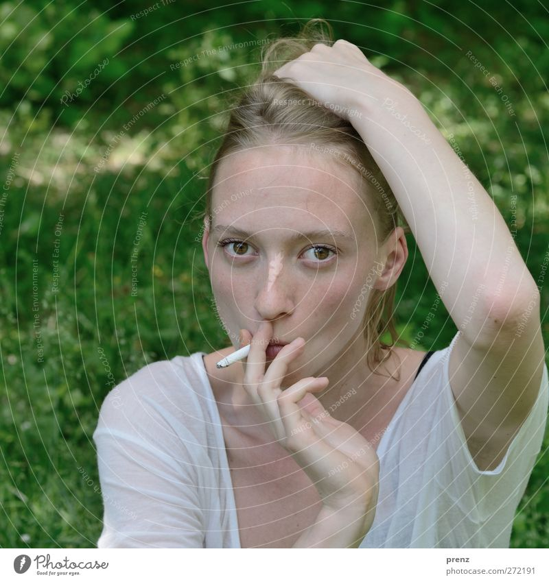 Mrs. Portrait 6 Human being Feminine Young woman Youth (Young adults) Head 1 18 - 30 years Adults Smoking Green White Blonde Meadow Smoky Cigarette Colour photo