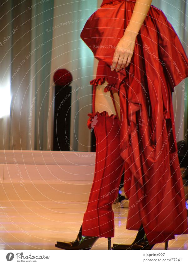 couture Model Suspender belt Woman Legs Contrast