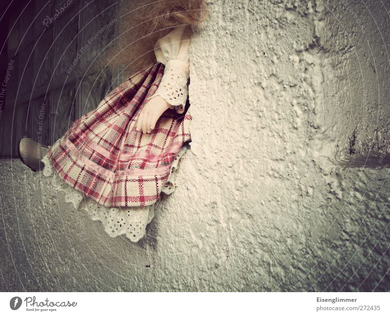 discarded Wall (barrier) Wall (building) Window Doll Figure Distress Perturbed Timidity Embitterment Abuse Toys Dress Hand Animal foot Hair and hairstyles