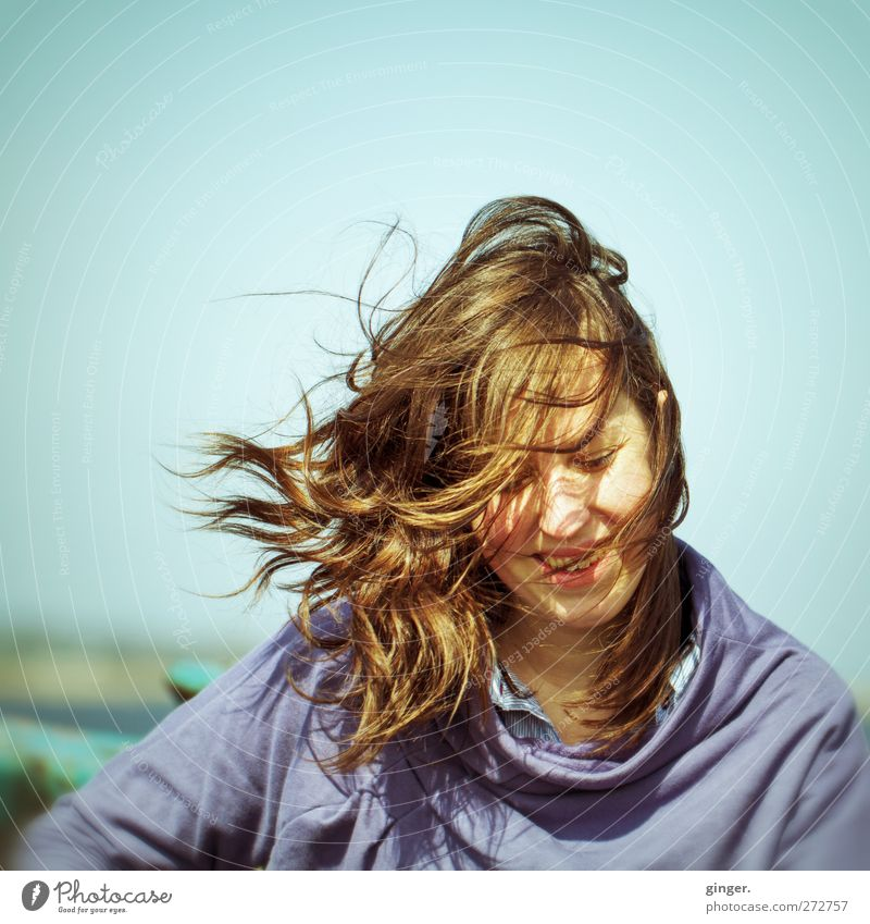 Hiddensee | Natural Woman Human being Feminine Young woman Youth (Young adults) Life Hair and hairstyles Face 1 18 - 30 years Adults Flying Smiling Laughter