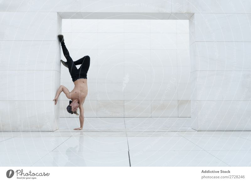 Man in handstand inside Acrobatic Handstand Balance Athletic Joie de vivre (Vitality) Sports Breakdance