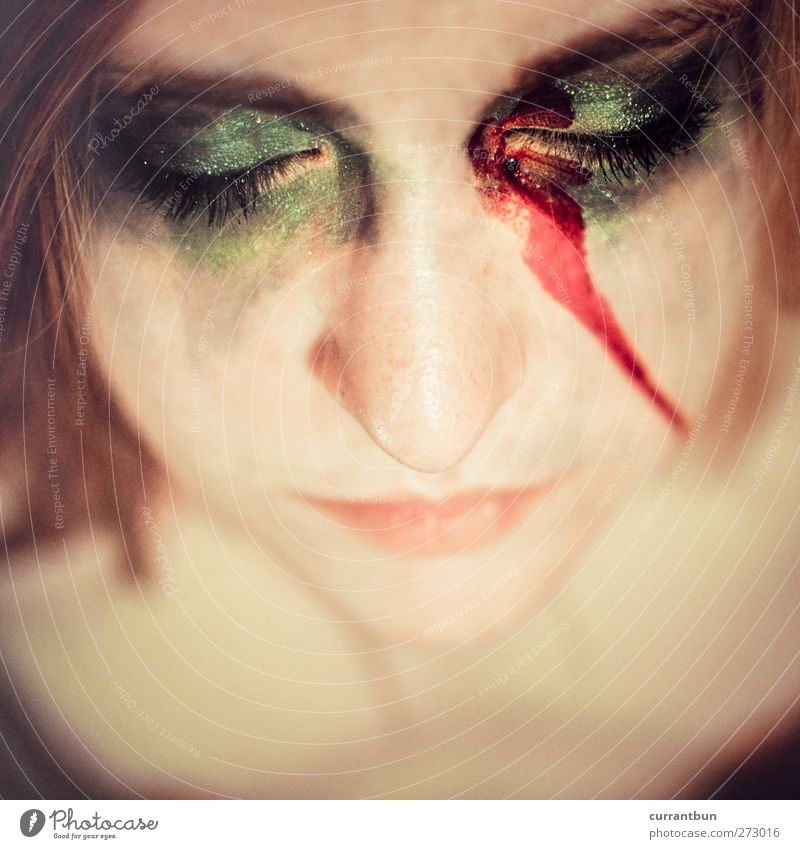 venustransit Feminine Young woman Youth (Young adults) Face Eyes Nose 1 Human being 18 - 30 years Adults Esthetic Eroticism Soft Green Red Make-up Blood