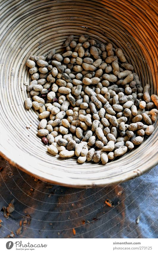 Poverty Nutrition Africa Harvest Fat Basket Containers and vessels Finger food Protein Peanut Nutshell Legume Nut brown Foreign aid Peanut field